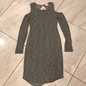 Gray Midi Sweater Dress 👗